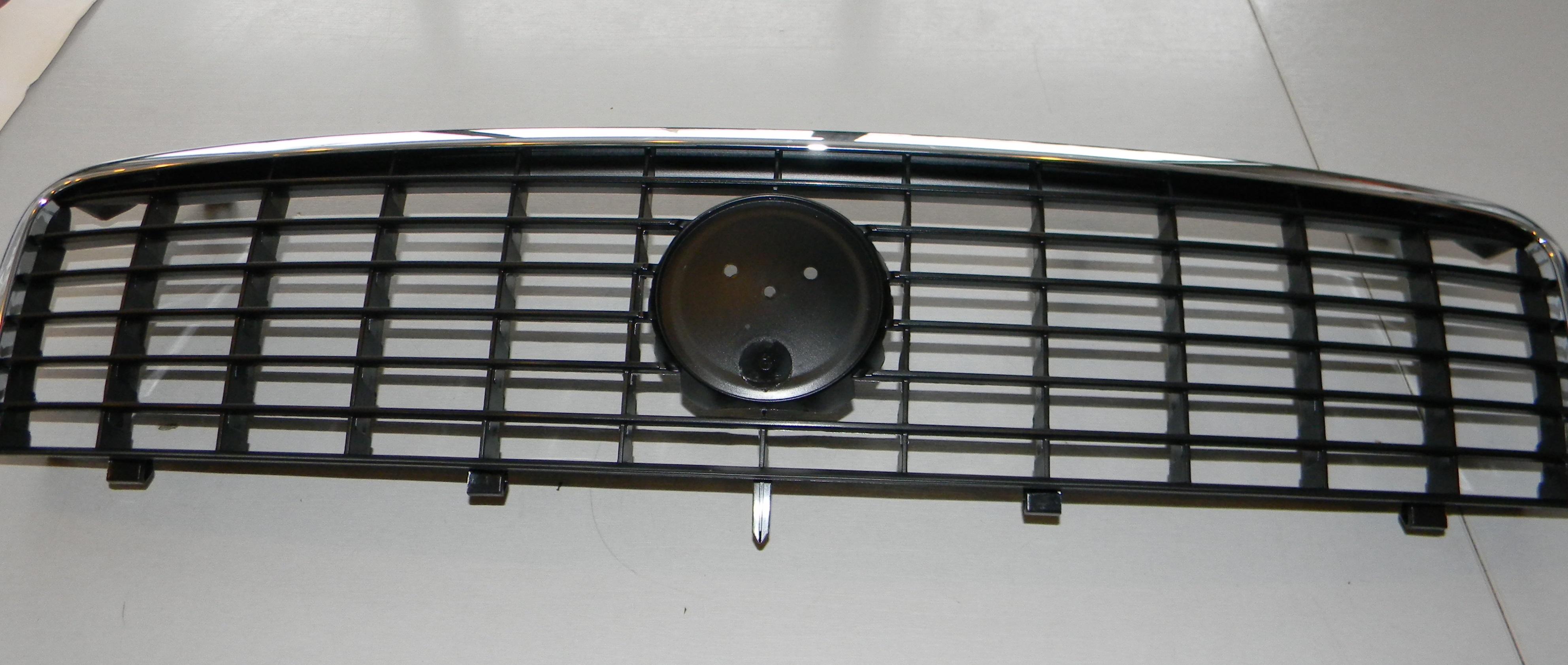 решетка радиатора на фиат линеа