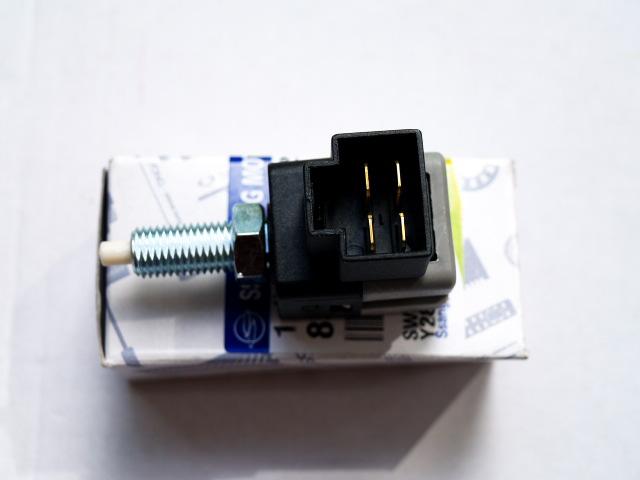 Выключатель стоп сигнала (лягушка) SsangYong Rexton/Kyron/Actyon