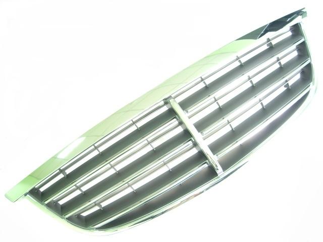 Решетка радиатора (хром) SsangYong Kyron II